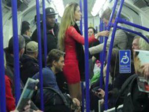 İngilizler, Metroda Yapılan Taciz Deneyinde Sınıfta Kaldı