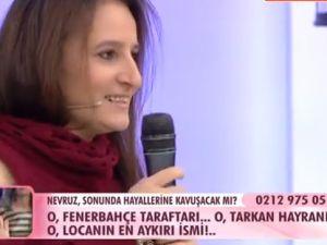 Esra Erol'da Zulüm Gibi Türkü Performansı