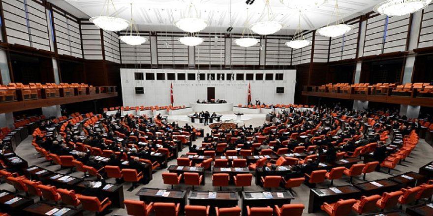 Anayasa değişikliği teklifinin maddelerine geçilmesi 338 oyla kabul edildi