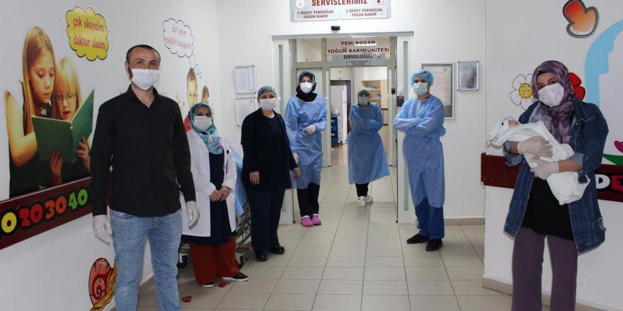 Darıca Farabi'de Yenidoğan Bebek Coronavirüsü Yendi !