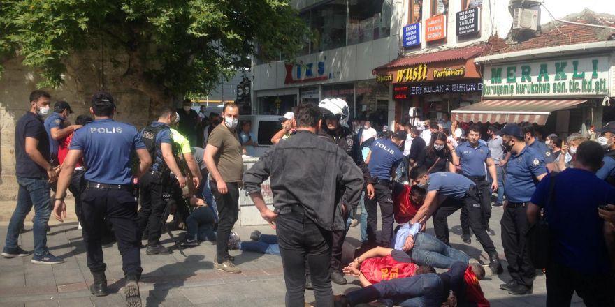 Gebze'de basın açıklaması yapmak isteyen grup gözaltına alındı